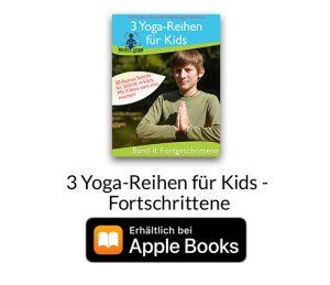 Thomas Bannenberg führt Kinder durch drei Reihen von Yogaübungen. Dazu kommen die zusätzlichen, detaillierten Anleitungen für jedes Asana.