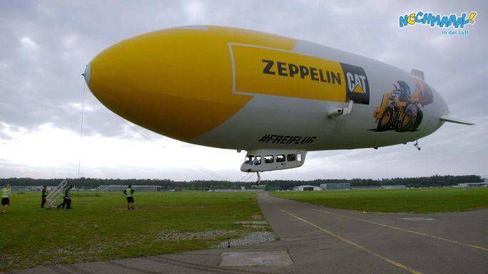 Der Zeppelin startet in Friedrichshafen