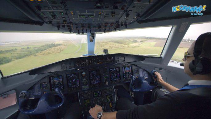 Wir schauen dem Piloten bei der Landung auf Sylt zu