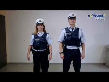 Nochmaaal - Bei der Polizei - Uniformen
